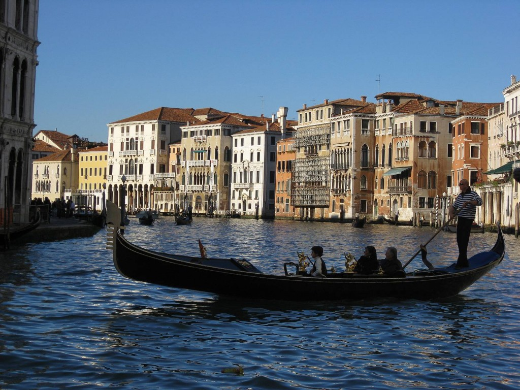 Venice-boat-gondola-Venice-Canal-Grande