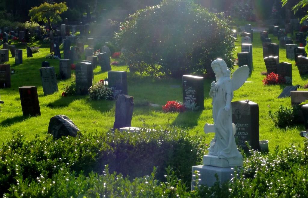 kirkegården 014